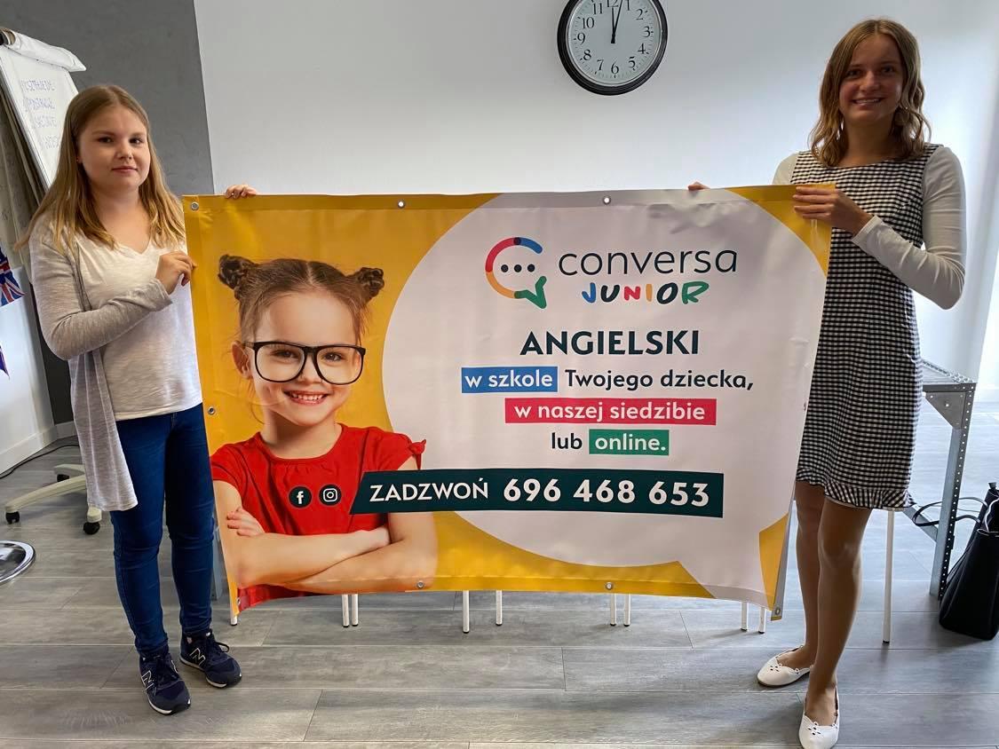 Baner szkoły językowej Conversa w Toruniu - język angielski dla dzieci